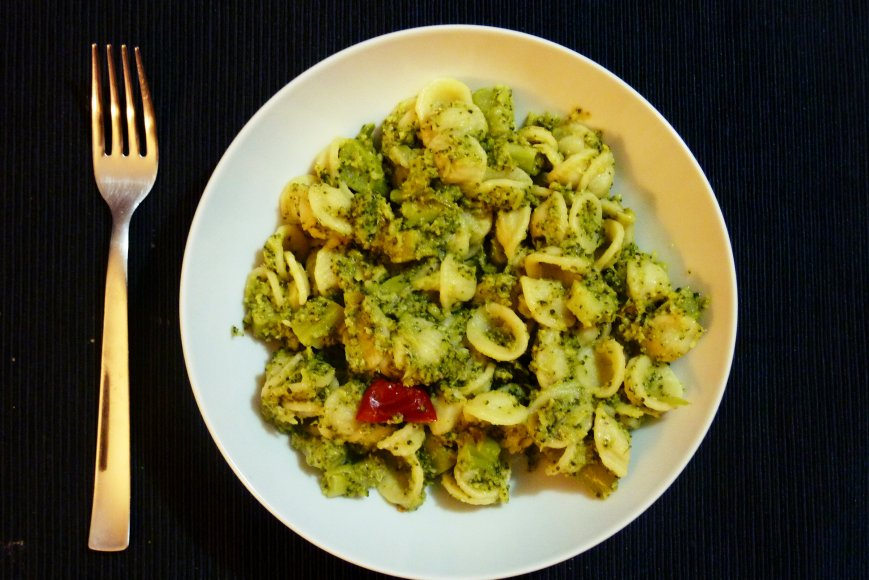 Orecchiette with broccoli, anchovies, and chili pepper